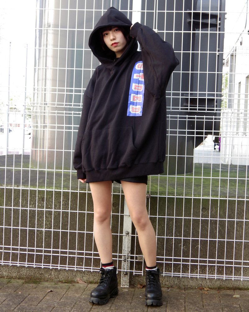オーバーサイズ&ストリート『Re:one Online Store』「EDDEN」90s STDED BLACK HOODIE