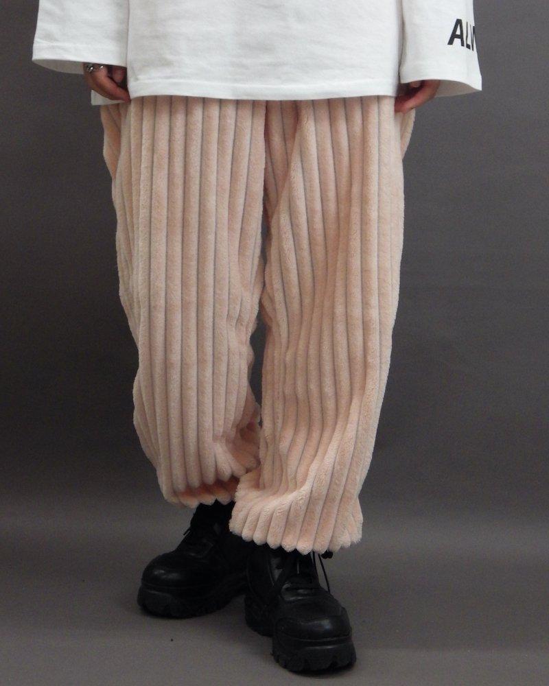 オーバーサイズ&ストリート『Re:one Online Store』「NINE NUTS」Mofu-mofu pink pants