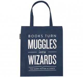 <img class='new_mark_img1' src='https://img.shop-pro.jp/img/new/icons14.gif' style='border:none;display:inline;margin:0px;padding:0px;width:auto;' />Books Turn Muggles into Wizards Tote Bag