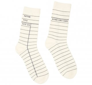 <img class='new_mark_img1' src='https://img.shop-pro.jp/img/new/icons14.gif' style='border:none;display:inline;margin:0px;padding:0px;width:auto;' />Library Card Socks (White)