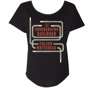 <img class='new_mark_img1' src='https://img.shop-pro.jp/img/new/icons14.gif' style='border:none;display:inline;margin:0px;padding:0px;width:auto;' />Colson Whitehead / The Underground Railroad Womens Relaxed Fit Tee (Black)