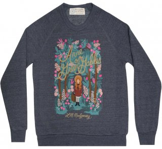 <img class='new_mark_img1' src='https://img.shop-pro.jp/img/new/icons14.gif' style='border:none;display:inline;margin:0px;padding:0px;width:auto;' />L. M. Montgomery / Anne of Green Gables Sweatshirt [Puffin in Bloom] (Vintage Navy)