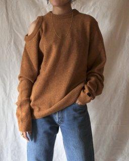 Aries:Shoulder Hole Knit