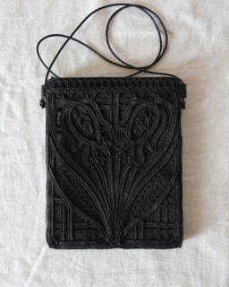 Mame Kurogouchi:Cording Embroidery Pouch - BLACK