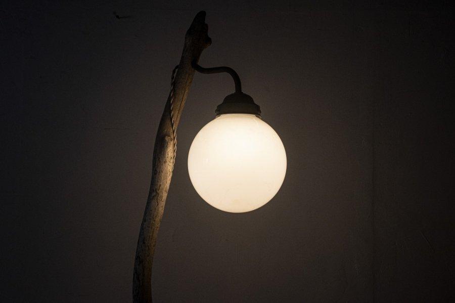 流木の灯り