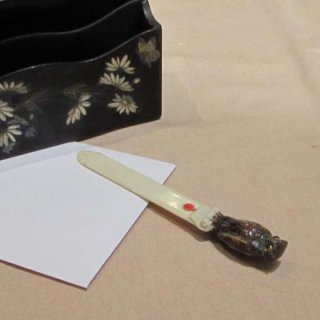セルロイド梟ペーパーナイフ