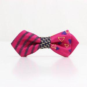 【kids】 刺繍の蝶ネクタイ 三角の連なり つつじ AGEHA tie