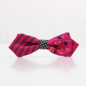 【mens】 刺繍の蝶ネクタイ 三角の連なり つつじ AGEHA tie