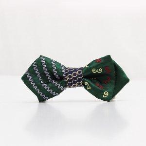 【kids】 刺繍の蝶ネクタイ マジカルラッシュ びろうど AGEHA tie