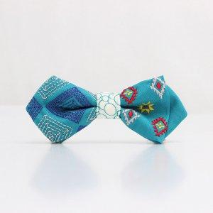 【kids】 刺繍の蝶ネクタイ ネイティブスクエア あさぎ AGEHA tie