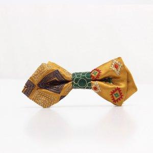 【kids】 刺繍の蝶ネクタイ ネイティブスクエア 琥珀 AGEHA tie