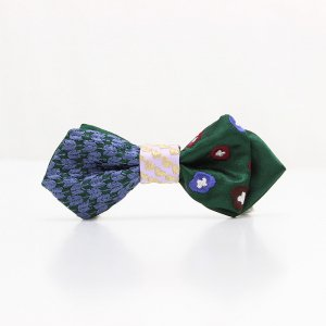 【kids】 刺繍の蝶ネクタイ 恋する和の文様 びろうど AGEHA tie