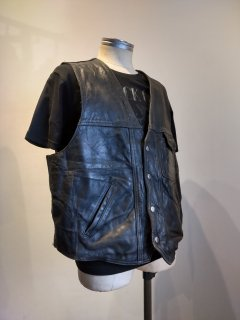 <img class='new_mark_img1' src='https://img.shop-pro.jp/img/new/icons1.gif' style='border:none;display:inline;margin:0px;padding:0px;width:auto;' />MADE IN MEXICO Leather Vest
