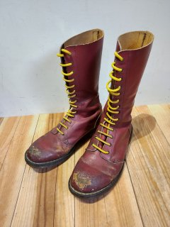 <img class='new_mark_img1' src='https://img.shop-pro.jp/img/new/icons1.gif' style='border:none;display:inline;margin:0px;padding:0px;width:auto;' />Dr.Martens 14 hole boots