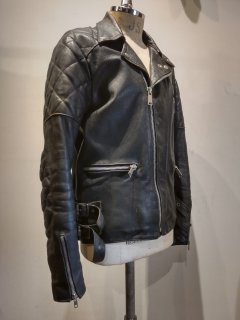 <img class='new_mark_img1' src='https://img.shop-pro.jp/img/new/icons1.gif' style='border:none;display:inline;margin:0px;padding:0px;width:auto;' />80's TT LEATHERS Double Riders Jacket