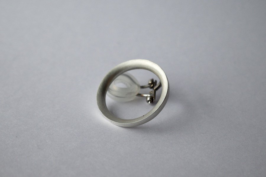 銀のリングイヤリング / 片方