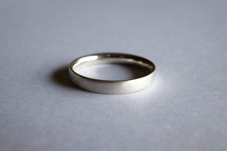 銀の四角い指輪 / 2.5mm