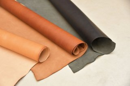 裏処理された床革(1.0~1.1mm厚)