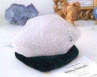 ホワイトテンプル・白い聖堂™(アーカンソー白水晶)原石 828g イシス・虹・レコードキーパー・セルフヒールド