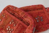 インド・ミラー刺繍古布ポーチ・ボルドーレッド現品2点(個別写真あり)