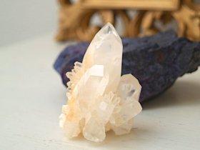 ヘブンリーカルサイト(マレーシア)原石 群晶 102g
