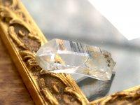 タンザニアマスタークォーツ(モンド産)ミニ原石淡いゴールド 17gミニミニタイムリンク(過去)