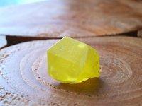 シチリア島サルファー(天然硫黄)単結晶原石 40g