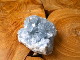 セレスタイト(マダガスカル)群晶原石 477g