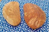 オリーブウッド(チュニジア)脚付きプレート 20cm