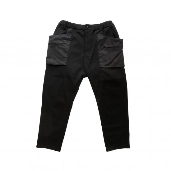 White Mountaineering / BLK SOLOTEX LUGGAGE PANTS