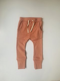 <img class='new_mark_img1' src='https://img.shop-pro.jp/img/new/icons14.gif' style='border:none;display:inline;margin:0px;padding:0px;width:auto;' />arkakama / SPD Sarouel Leggings / DUSTY ROSE