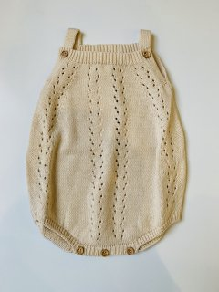 <img class='new_mark_img1' src='https://img.shop-pro.jp/img/new/icons14.gif' style='border:none;display:inline;margin:0px;padding:0px;width:auto;' />the new society / ALICE BABY KNIT ROMPER / NATURAL