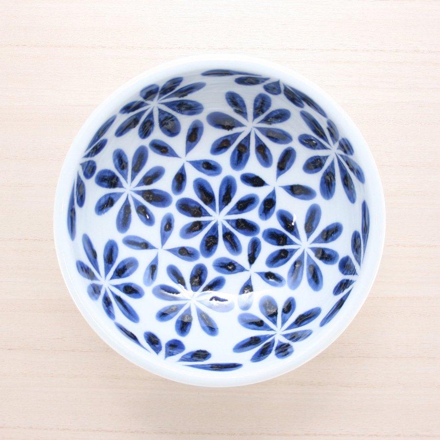 砥部焼・陶房 遊 − 5.5寸玉縁鉢 花市松