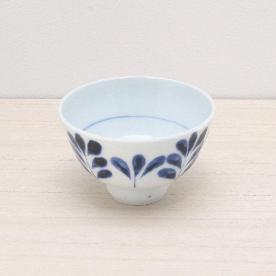 砥部焼・陶房 遊 − めし碗 S ブルーリーフ