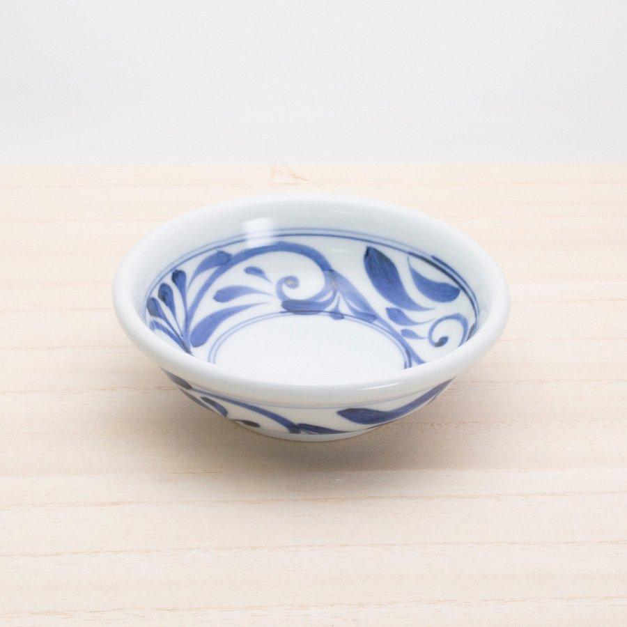 砥部焼・千山窯 − 玉ぶち鉢(小) 唐草
