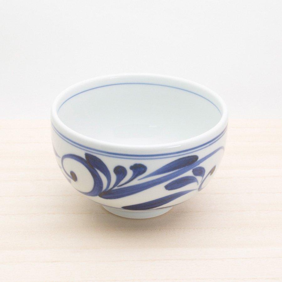砥部焼・千山窯 − 丸碗 唐草