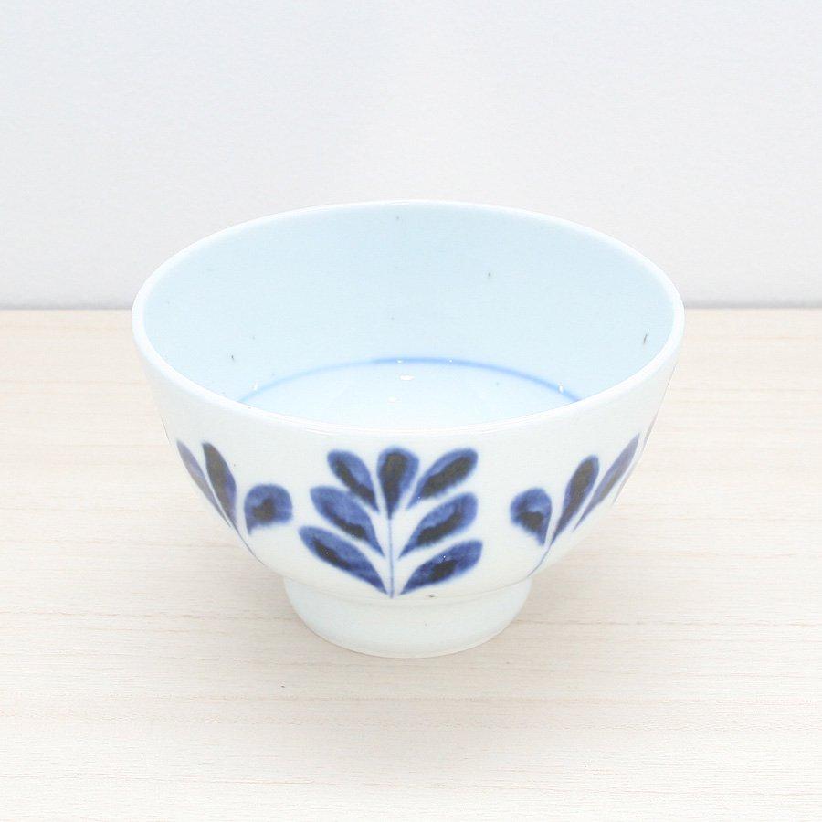 砥部焼・陶房 遊 − めし碗 L ブルーリーフ