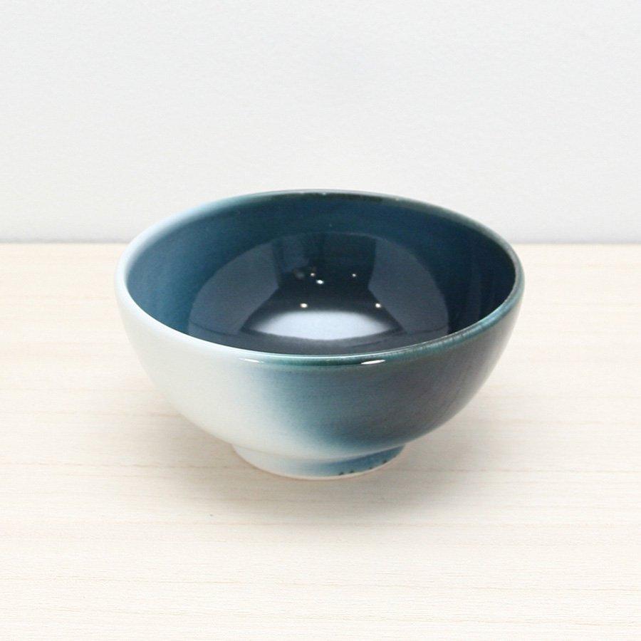 砥部焼・ヨシュア工房 − ごはん茶碗 内青(小)