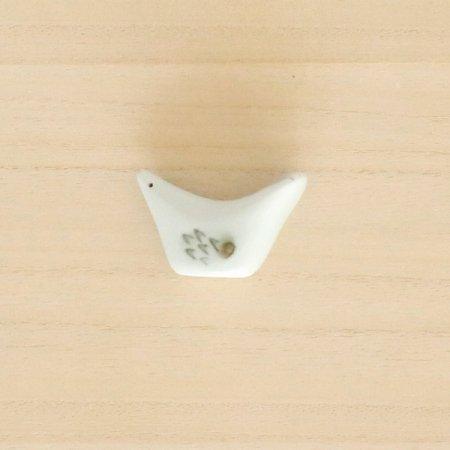 砥部焼・梅山窯 − 箸置き 小鳥 鉄