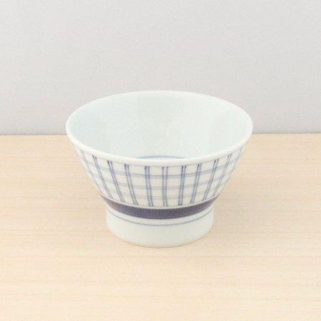 砥部焼・梅山窯 − くらわんか 大 格子呉須巻
