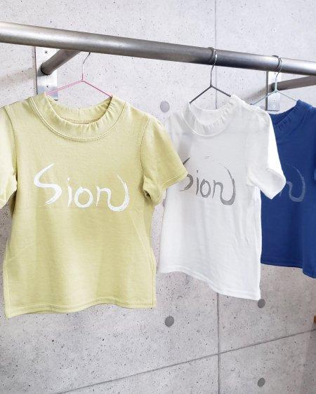 baby&kids〈Sion〉ロゴ入りTシャツ