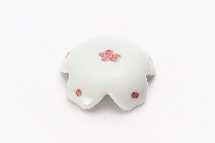 〇楽々シリーズ 染付赤小花紋 桜型排水口カバー 画像メイン