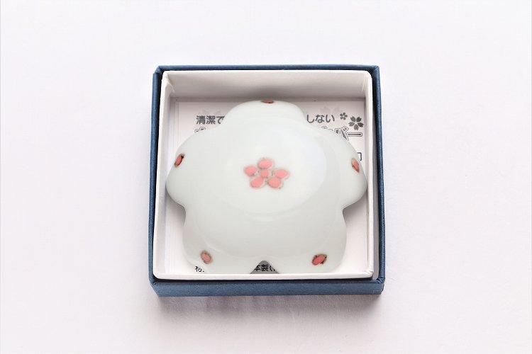 〇楽々シリーズ 染付赤小花紋 桜型排水口カバー 画像サブ5