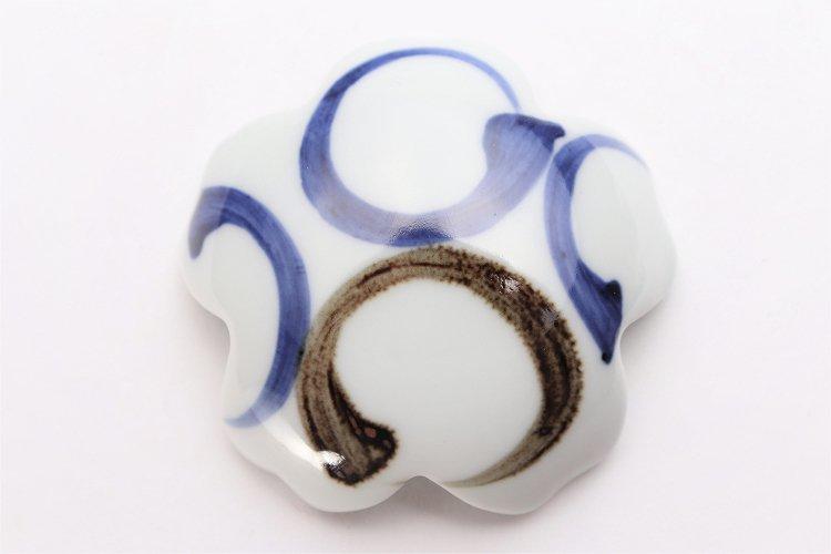 〇楽々シリーズ 染付二色丸紋 桜型排水口カバー 画像サブ3