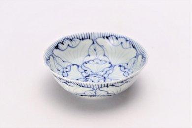 そうた窯 染付花弁紋 4寸小鉢