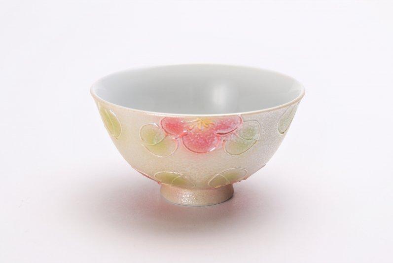 楽々シリーズ ラスター山茶花(赤) 茶碗(中) (化粧箱入り) 画像メイン