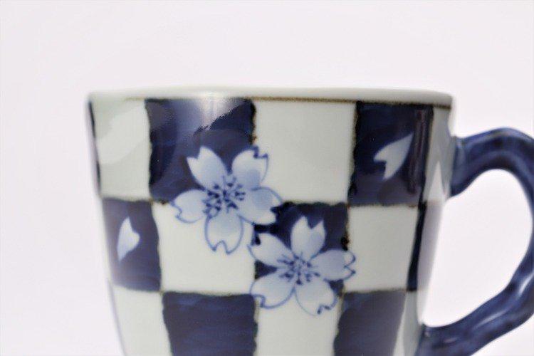 ☆そうた窯 染付市松桜 マグカップ 画像サブ3