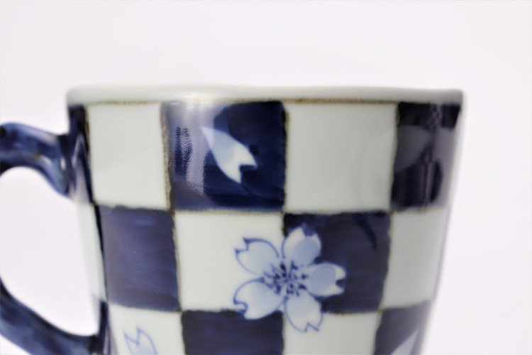 ☆そうた窯 染付市松桜 マグカップ 画像サブ4