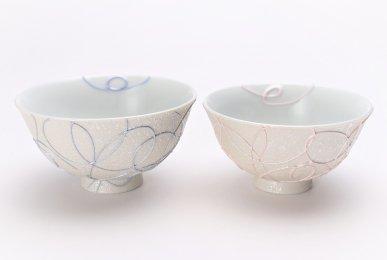 楽々シリーズ ブルー・ピンク一珍ペア茶碗 (化粧箱入り)