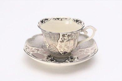 ☆徳幸窯 錦クリーム釉銀彩菊華紋紅茶碗